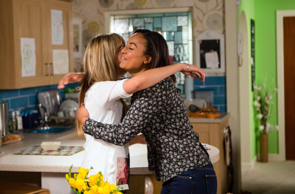 FROM ITV STRICT EMBARGO - NO USE BEFORE TUESDAY 6th SEPTEMBER 2016 Coronation Street - Ep 8988 Monday 12th September 2016 When Maria Connor [SAMIA GHADIE] reveals that Aidan's got her an interview for a job at a local factory, grateful Caz [RHEA BAILEY] instinctively kisses her on the lips. Maria's confused by the gesture. Picture contact: david.crook@itv.com on 0161 952 6214 Photographer - Mark Bruce This photograph is (C) ITV Plc and can only be reproduced for editorial purposes directly in connection with the programme or event mentioned above, or ITV plc. Once made available by ITV plc Picture Desk, this photograph can be reproduced once only up until the transmission [TX] date and no reproduction fee will be charged. Any subsequent usage may incur a fee. This photograph must not be manipulated [excluding basic cropping] in a manner which alters the visual appearance of the person photographed deemed detrimental or inappropriate by ITV plc Picture Desk. This photograph must not be syndicated to any other company, publication or website, or permanently archived, without the express written permission of ITV Plc Picture Desk. Full Terms and conditions are available on the website www.itvpictures.com
