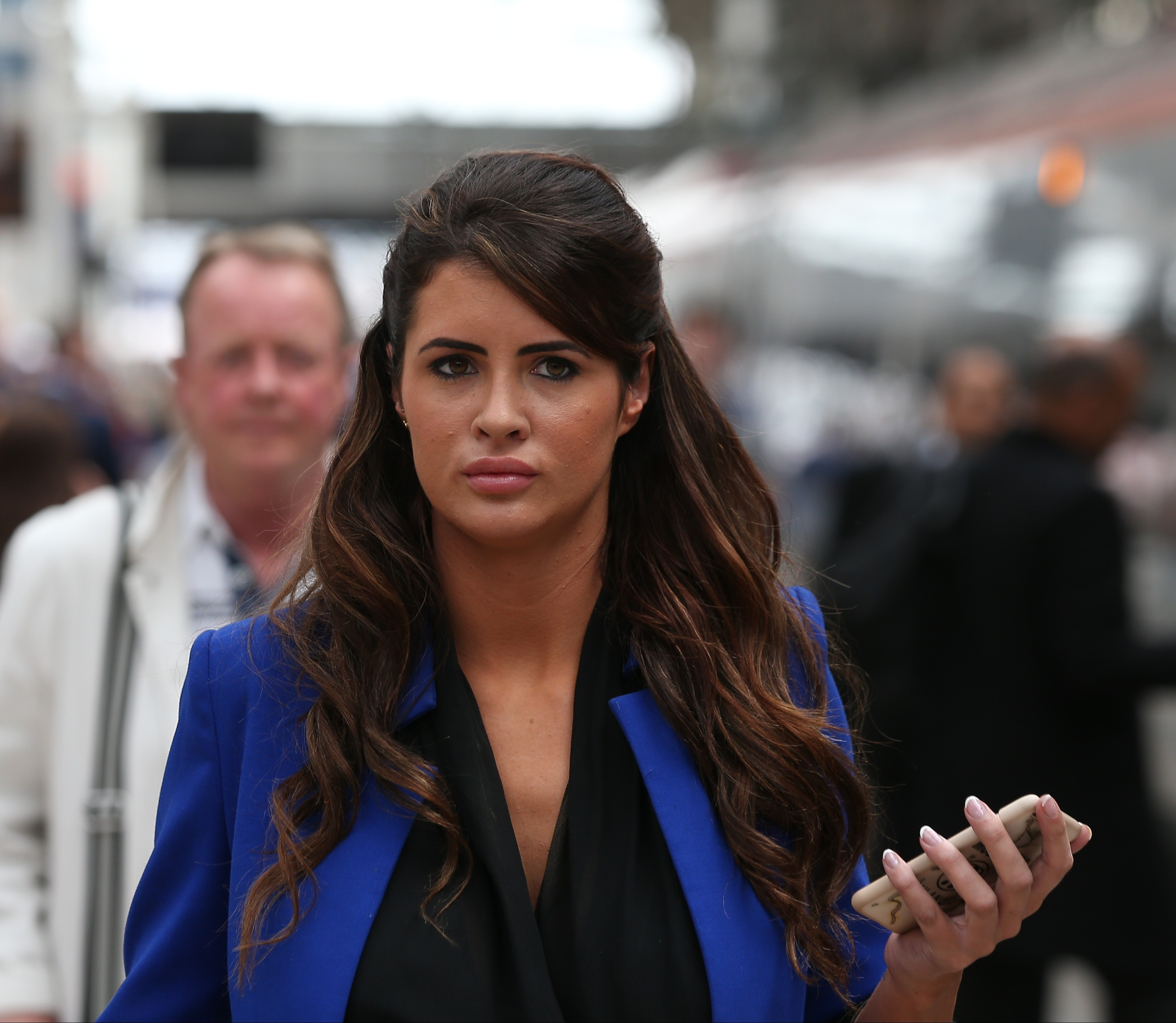 Picture Shows: Helen Wood May 06, 2016 Helen Wood arrives back in Manchester, England after an interview on 'This Morning'. Non Exclusive WORLDWIDE RIGHTS Pictures by : FameFlynet UK © 2016 Tel : +44 (0)20 3551 5049 Email : info@fameflynet.uk.com