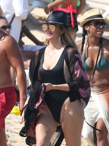 Picture Shows: Khloe Kardashian September 05, 2016 *Min £250 Per Pic Foe Mags* Double Fees For Cover Use Khloe Kardashian and her rumored new boyfriend, NBA player Tristan Thompson, are spotted with friends on the beach at Cabo San Lucas, Mexico.  The reality star was flaunting her figure in a skimpy black one piece swimsuit and brightly patterned cover up.  *Min £250 Per Pic Foe Mags* Double Fees For Cover Use Exclusive All Rounder UK RIGHTS ONLY Pictures by : FameFlynet UK © 2016 Tel : +44 (0)20 3551 5049 Email : info@fameflynet.uk.com