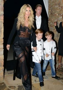 Picture Shows: Kim Zolciak May 07, 2016 'Real Housewives of Atlanta' star Kim Zolciak celebrated her 37th birthday with friends in Atlanta, Georgia. Non-Exclusive UK RIGHTS ONLY Pictures by : FameFlynet UK © 2016 Tel : +44 (0)20 3551 5049 Email : info@fameflynet.uk.com