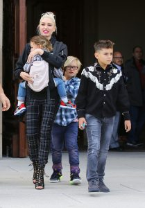 Picture Shows: Gwen Stefani, Apollo Rossdale, Zuma Rossdale, Kingston Rossdale April 10, 2016 Singer and busy mom Gwen Stefani takes her sons Kingston, Zuma, and Apollo to church in North Hollywood, California. Gwen had recently changed her twitter cover photo to a image of a young Blake Shelton. Non-Exclusive UK RIGHTS ONLY Pictures by : FameFlynet UK © 2016 Tel : +44 (0)20 3551 5049 Email : info@fameflynet.uk.com
