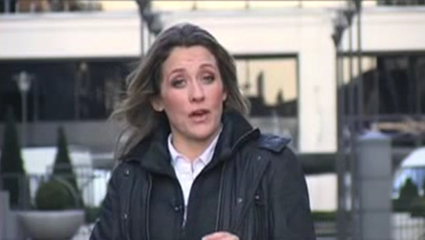 Sarah Beeny 39 S New Show Slated By Viewers For Being
