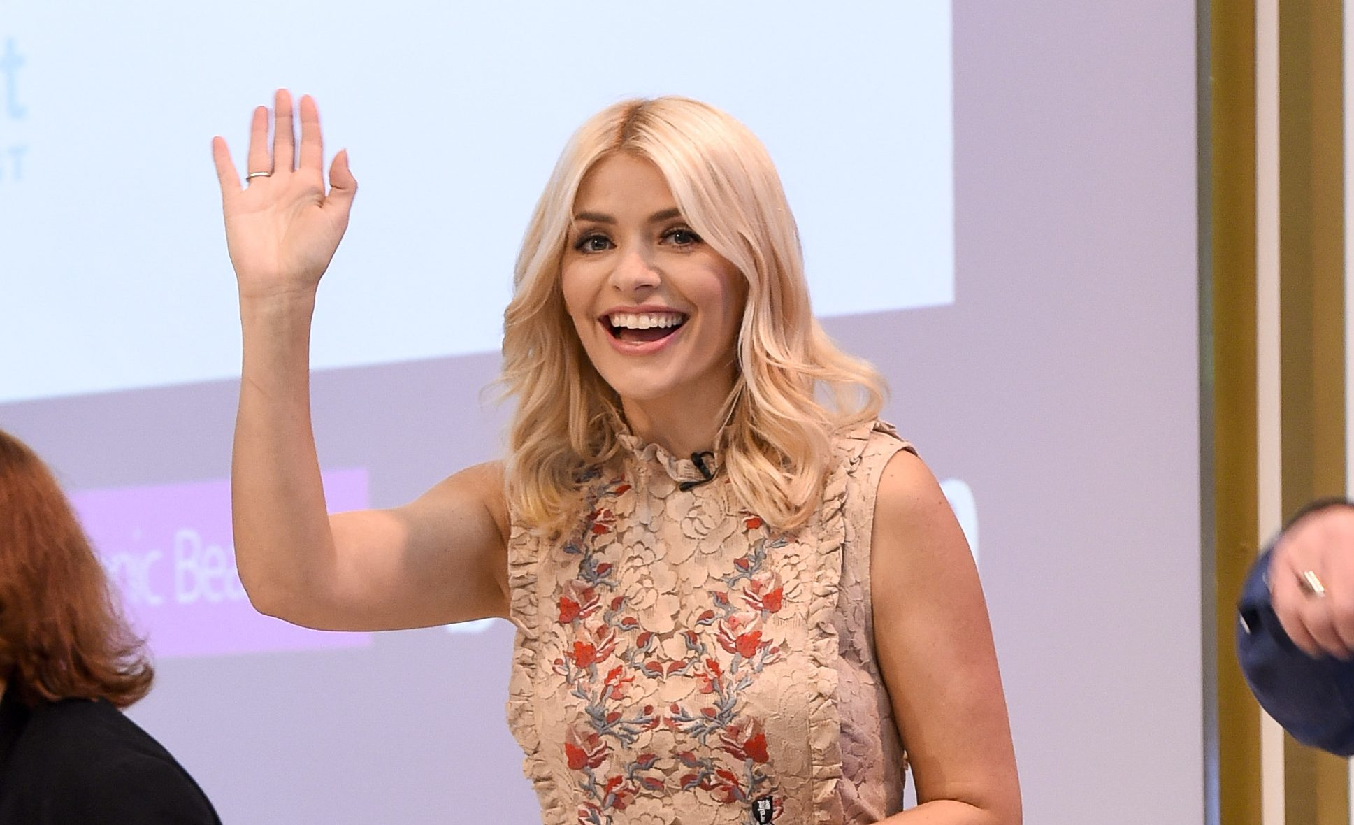 Holly Willoughby shares amazing throwback pic of her acting days