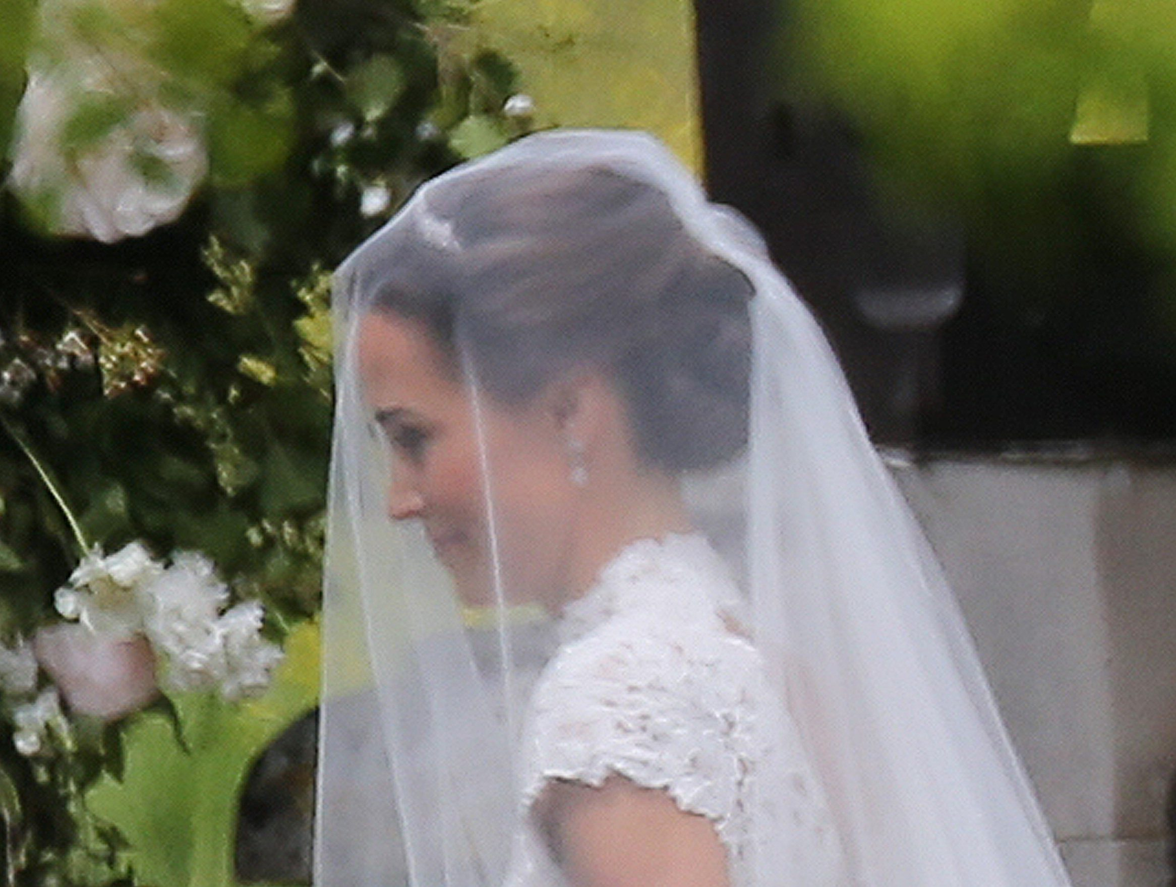 Incredible pics of Pippa Middleton\'s wedding - including her dress ...