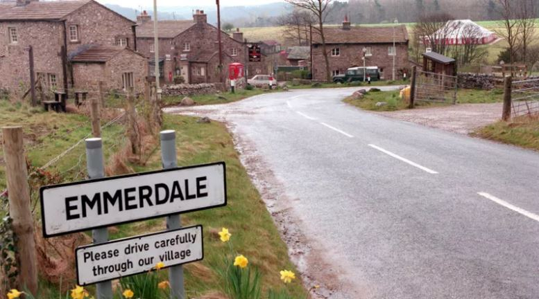 Emmerdale Christmas spoilers revealed with a shock wedding