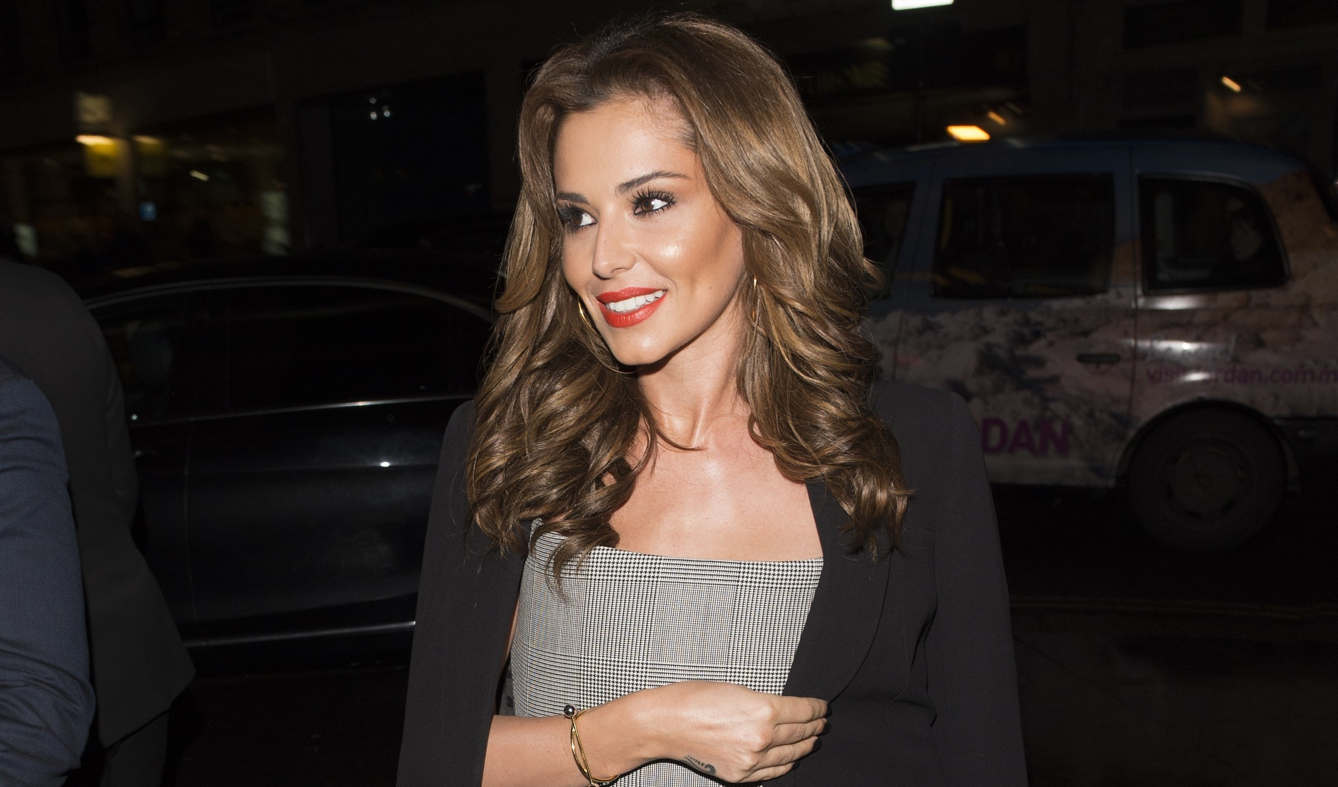 Finally! The first picture of Cheryl since she gave birth to Bear