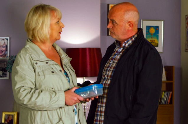 Coronation Street SPOILER: Nicola reports Phelan to the police?