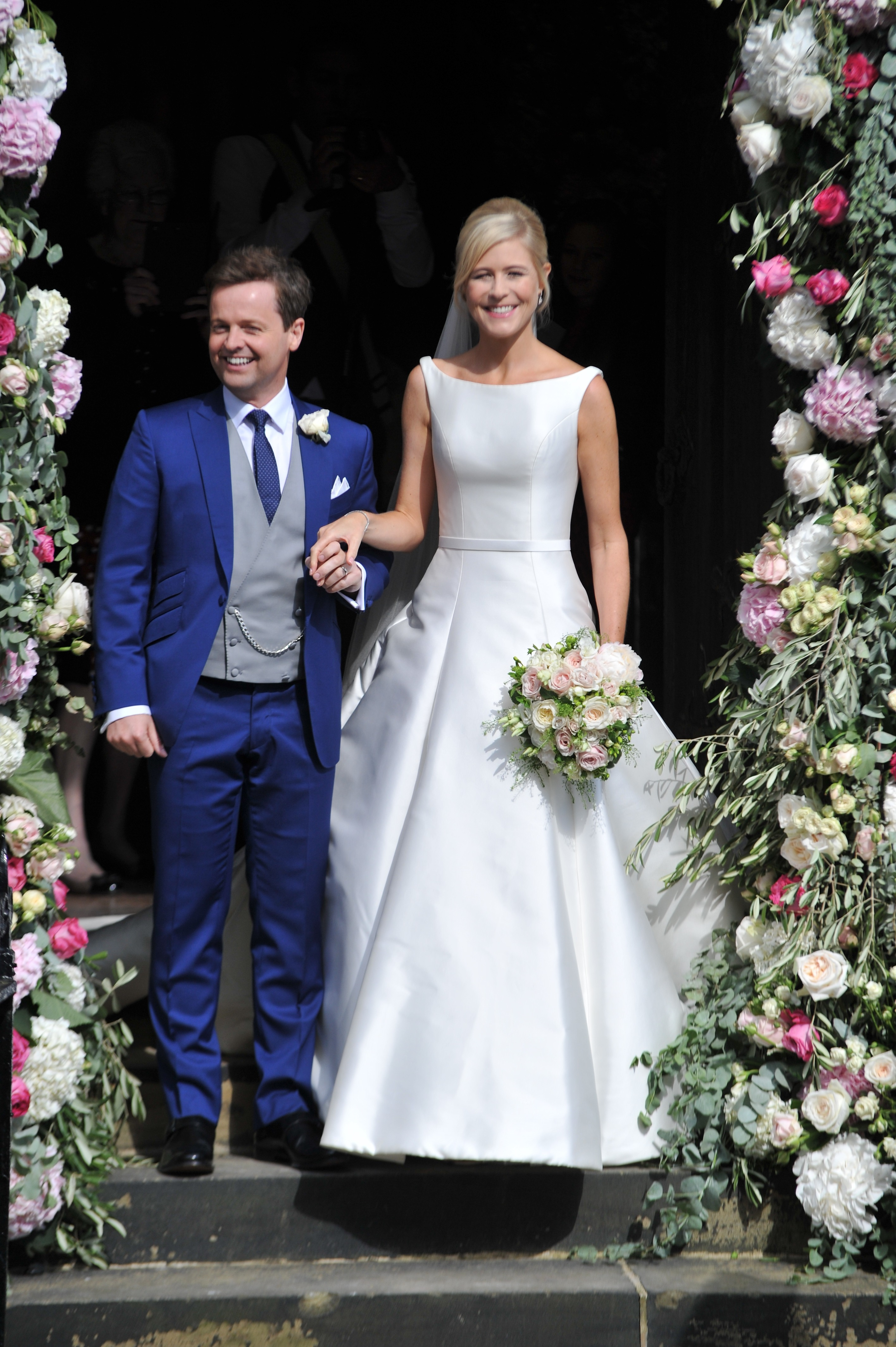 Dec Donnelly shares sweetest photo to celebrate second wedding ...