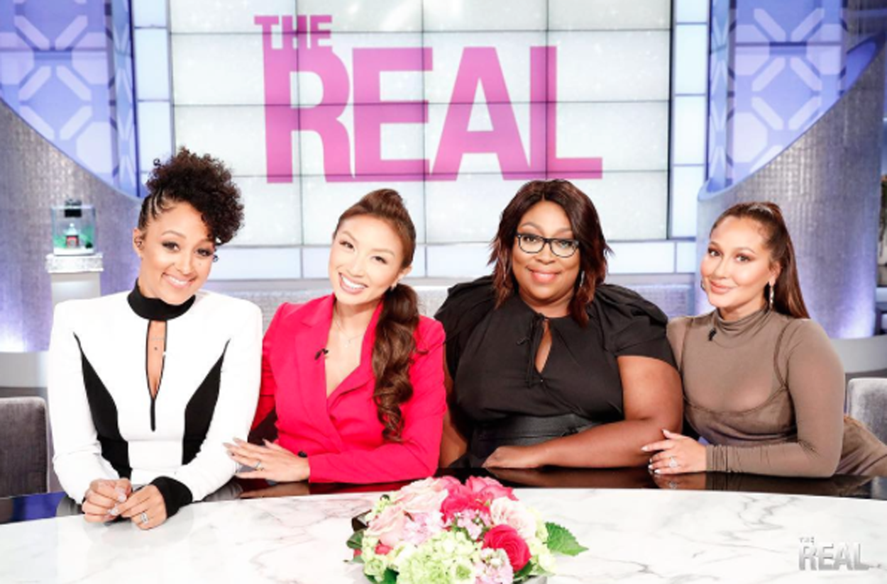'The Real' Cohost Admits She Can't Tell The Time, Despite Being In Her 30s!