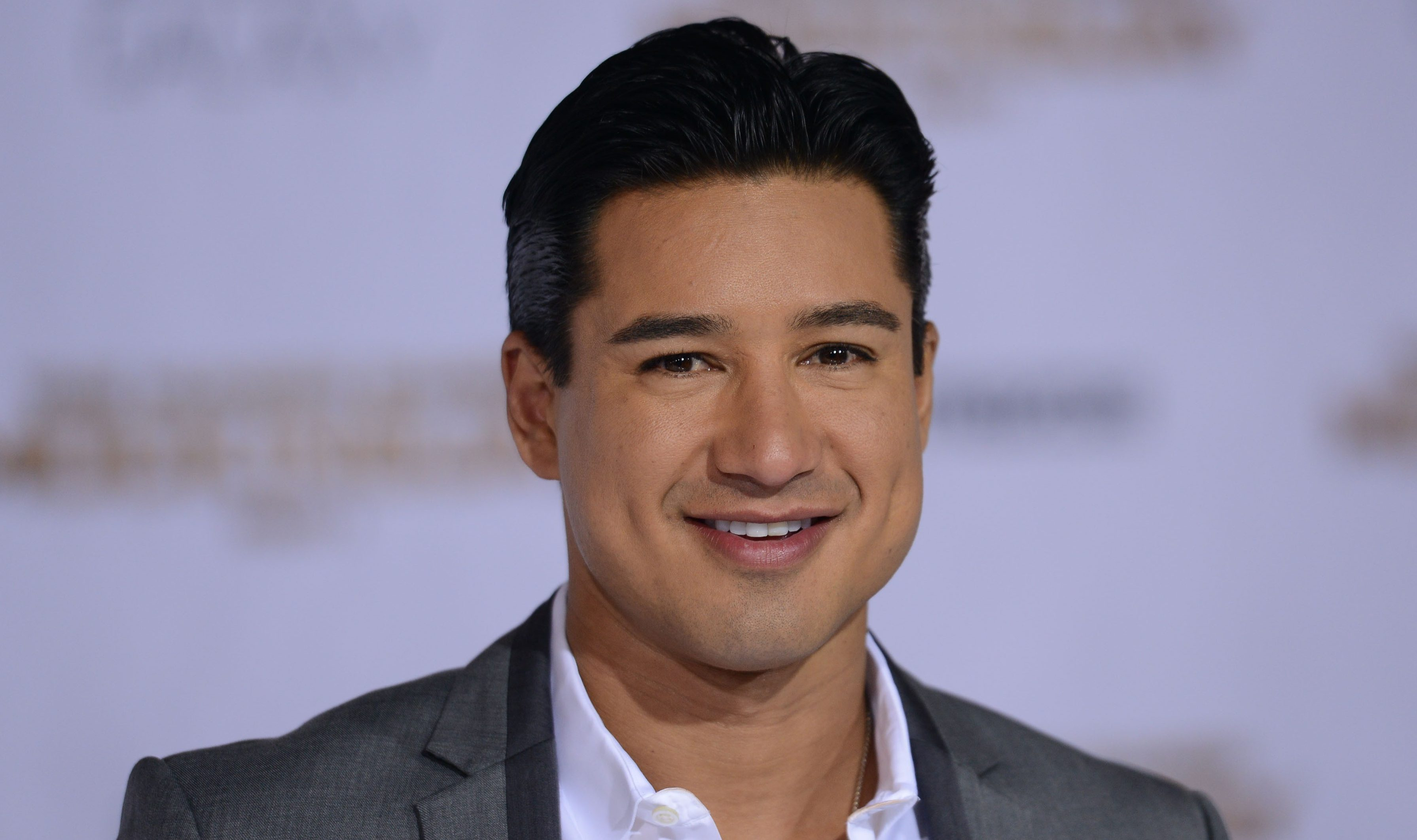 Mario Lopez Suffers Embarrassing Flub But Fans Rally Around Him