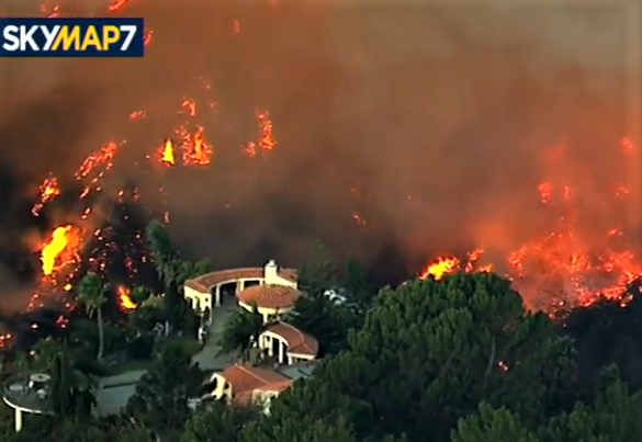 The so-called Skirball Fire erupted Wednesday morning in the Sepulveda Pass area of Los Angeles, and burned dangerously close to the Getty Center museum. Credit: KABC-TV)