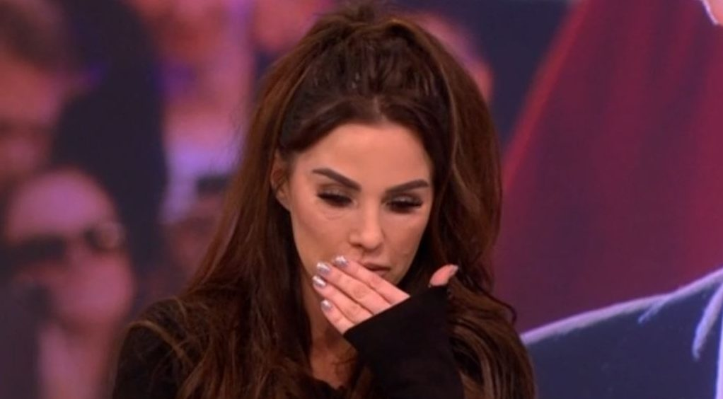 Katie Price ESCORTED off Loose Women set