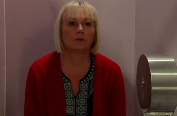 Corrie viewers baffled by Eileen's change in appearance