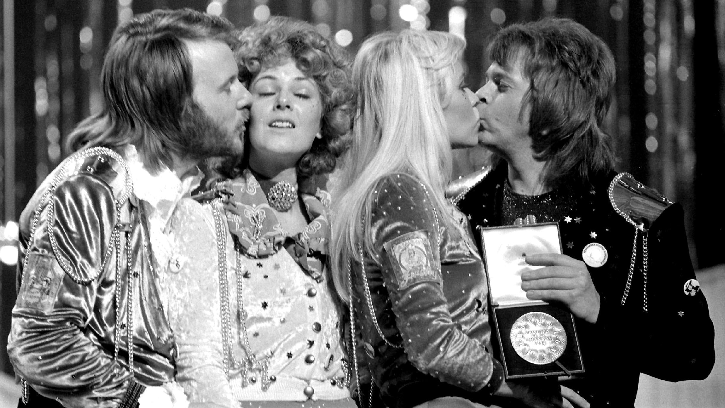 Dancing Queen hitmakers ABBA to make new music after 35 years
