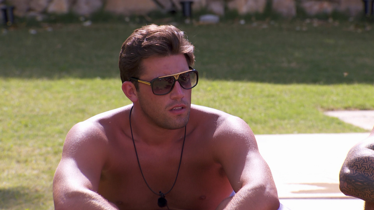 Love Island fans 'crying with happiness' as Jack and Dani are reunited