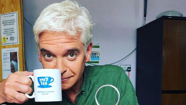 Phillip Schofield winds up fans with pic of tea break