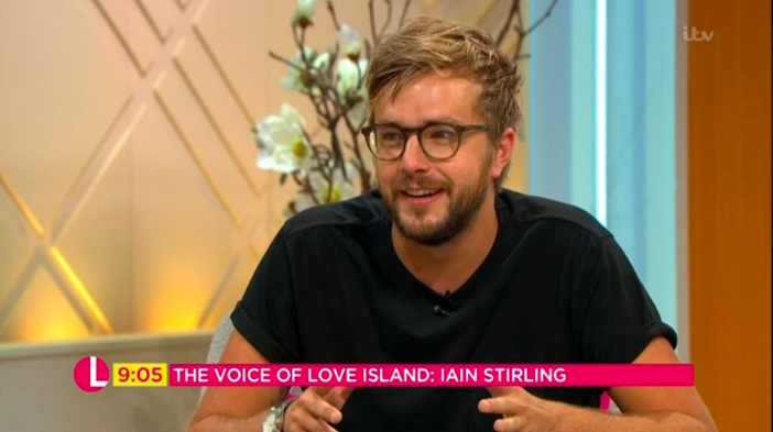 """Fans go wild for """"awesomely handsome"""" Love Island's Iain Stirling"""