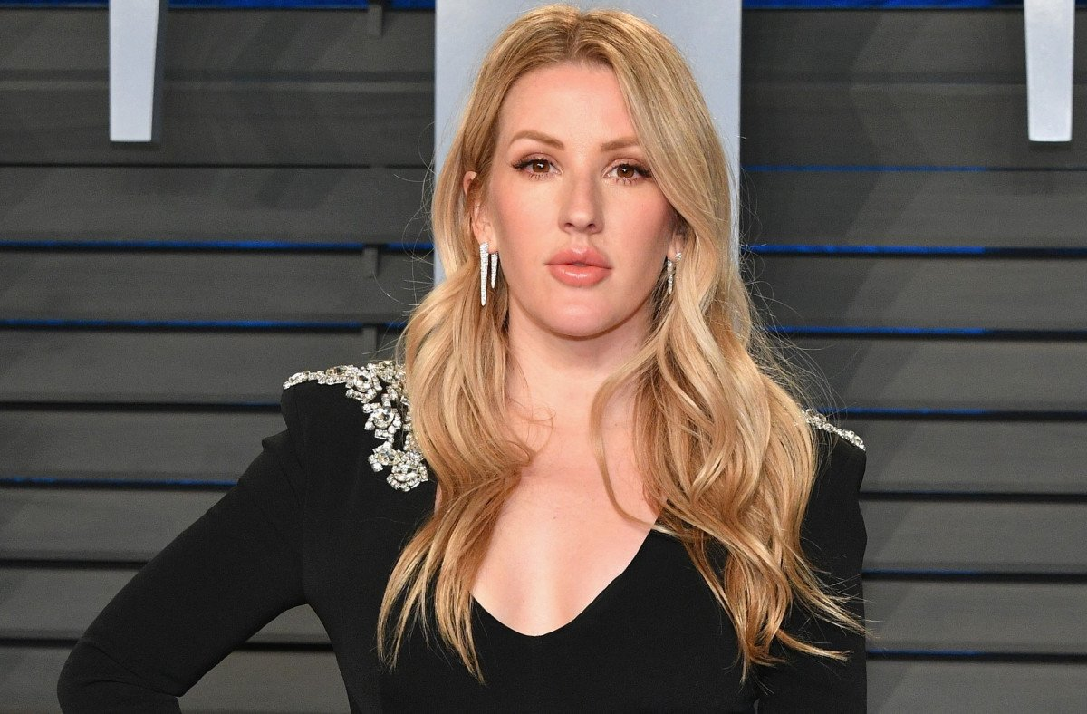 Ellie Goulding Is Engaged! See Her Super Traditional Announcement