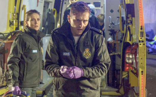 Casualty fans fear for Iain's future after colleague's traumatic death