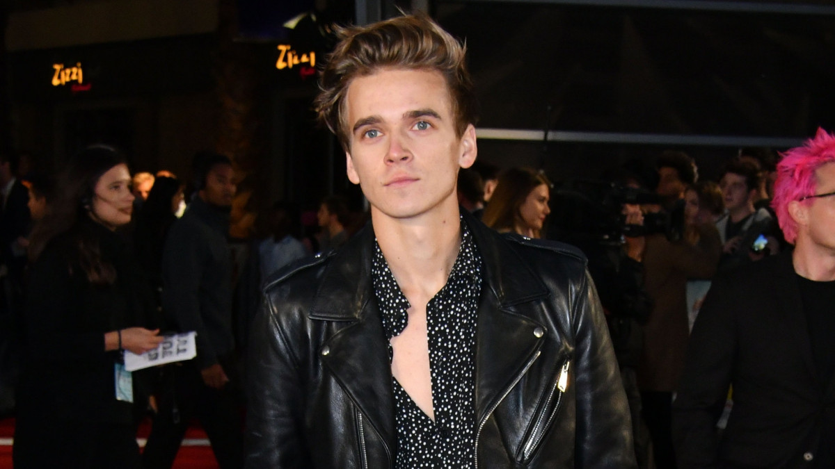 YouTube star Joe Sugg divides young and old Strictly fans