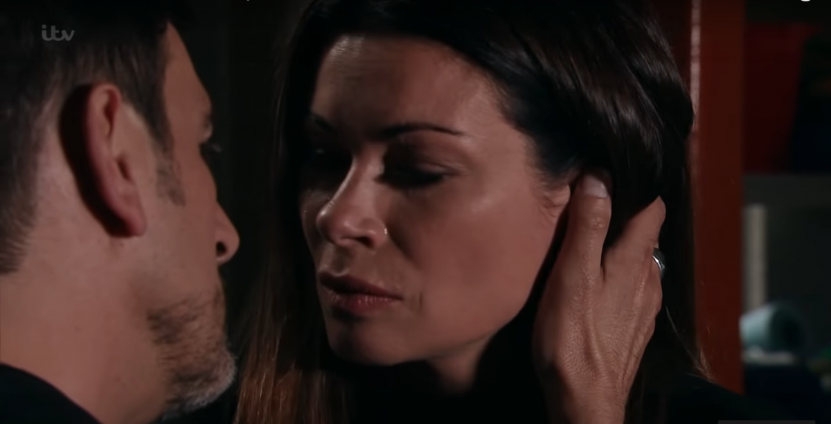 Coronation Street fans overjoyed at kiss between Carla and Peter - but isn't he taking advantage of her?