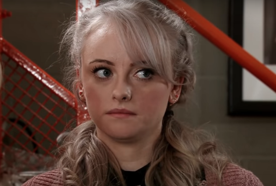 Coronation Street: Sinead's cancer secret revealed