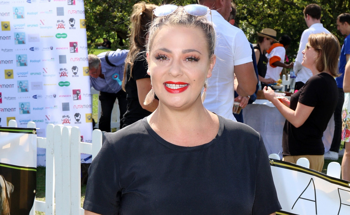 Lisa Armstrong celebrates her 42nd birthday showered with love