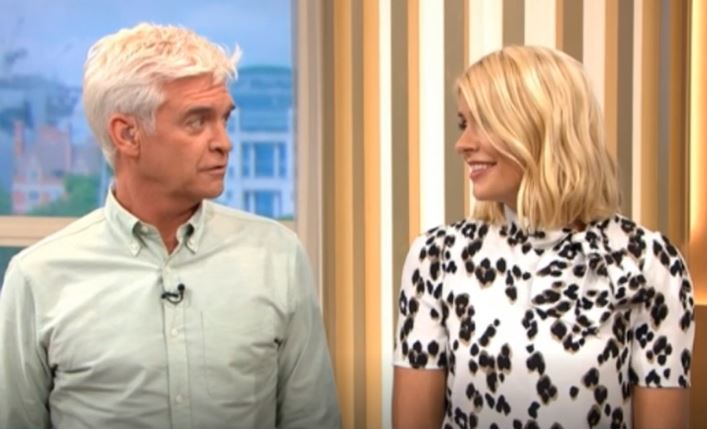 """Holly Willoughby gets emotional over Phillip Schofield's """"heartbreaking"""" uni story"""