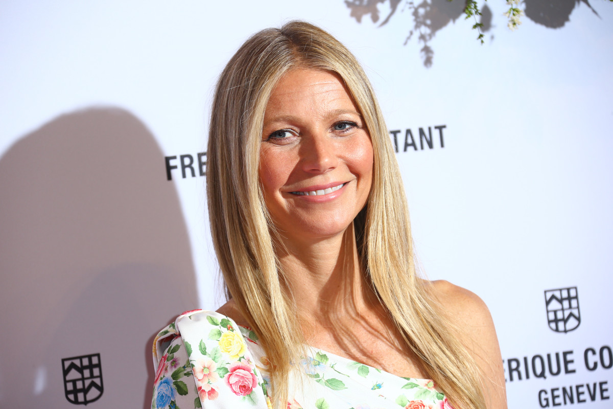 Gwyneth Paltrow shares rare selfie with daughter - and the resemblance is uncanny!