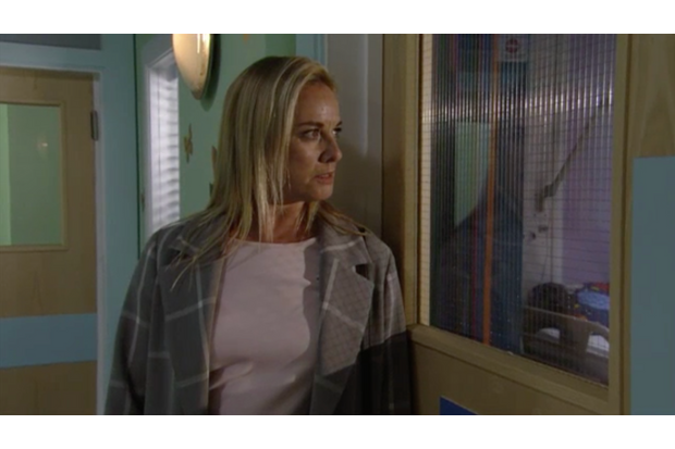 EastEnders fans finally given answers as Mel discovers Ray's secret
