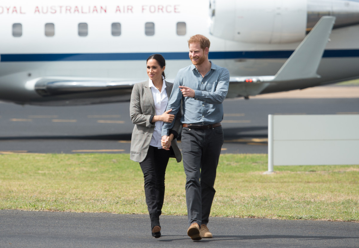 Harry and Meghan's dramatic mid-flight near-miss with another plane