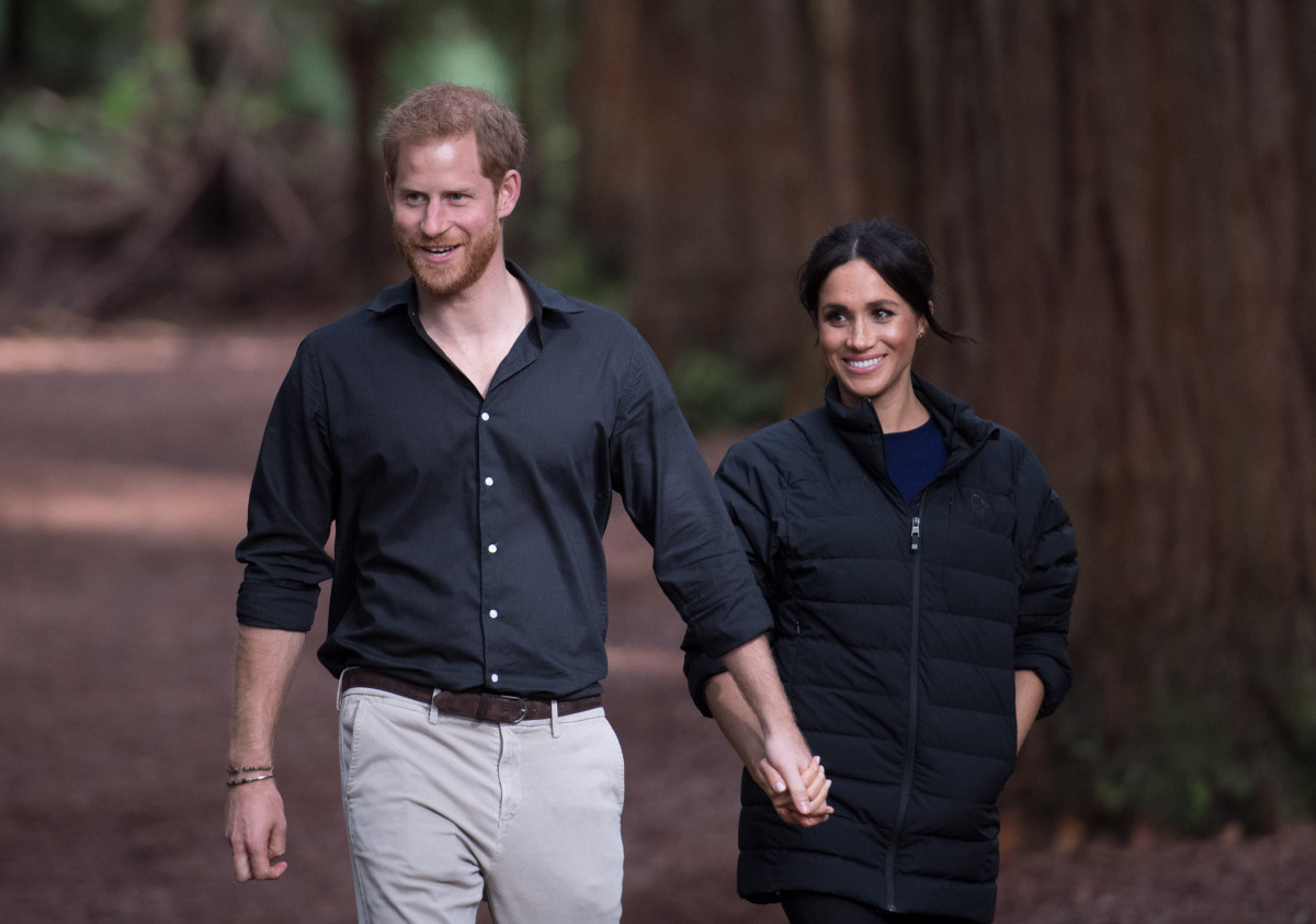 """Duchess of Sussex's nephew says family remarks are """"embarrassing"""""""