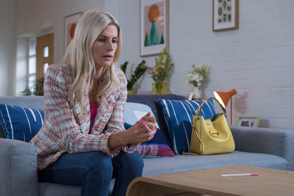 Hollyoaks SPOILER: Mandy Richardson is pregnant!