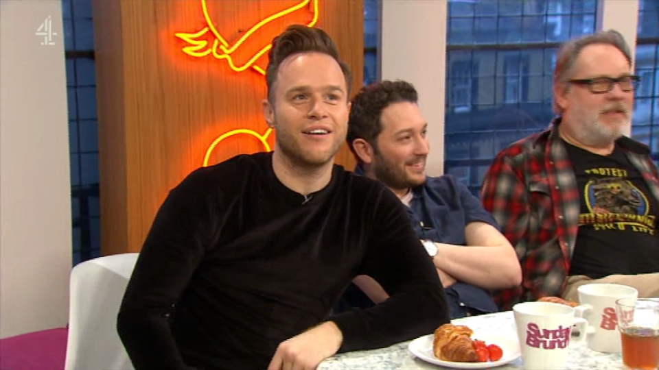 Olly Murs gets rejected by pop star live on air