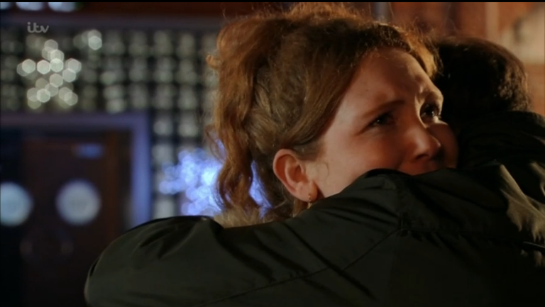 """Corrie fans """"choked"""" as Fiz leaves Weatherfield - but is it for good?"""