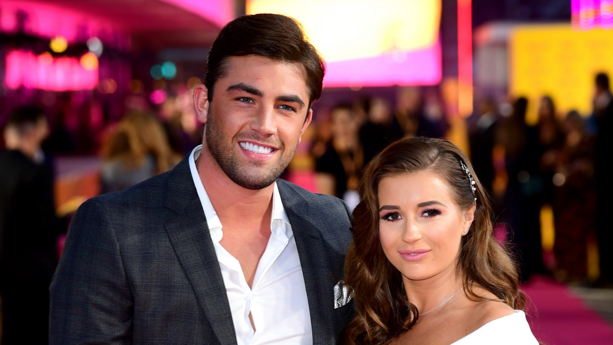 Dani Dyer appears to confirms she is back with Jack Fincham