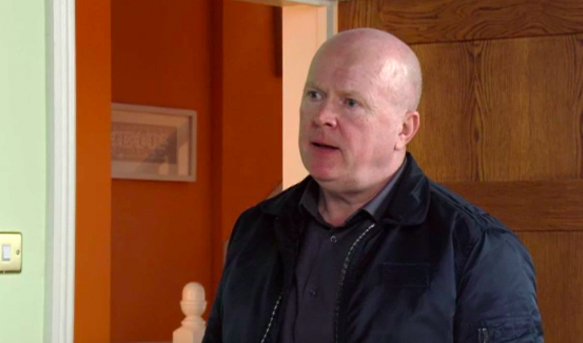 EastEnders SPOILER: Phil Mitchell in danger as evil Ray Kelly makes fiendish plan