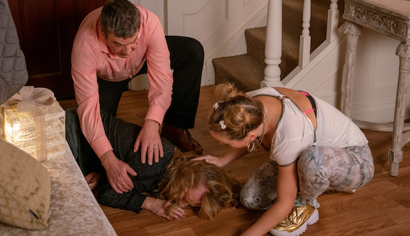 Coronation Street SPOILER: Jenny falls down the stairs