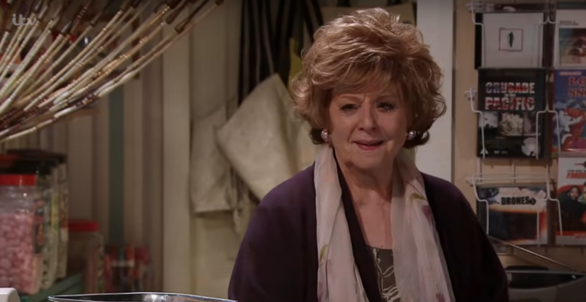 Coronation Street SPOILER: Will Rita get kicked out of the Kabin?