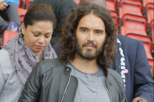 Russell Brand donates gig proceeds to Manchester victims
