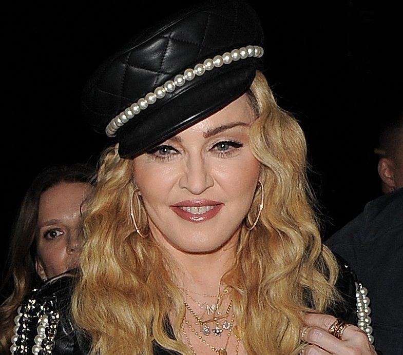 Madonna offers to remarry Sean Penn for $150,000