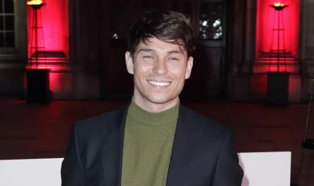 Joey Essex steals nativity part from a six-year-old!