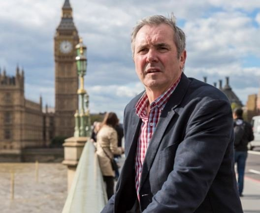 Neighbours SPOILER: Karl Kennedy to be blackmailed over shameful secret