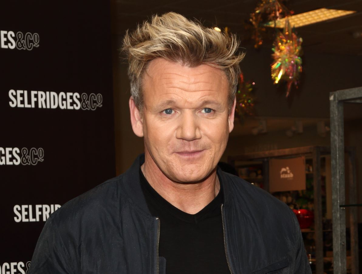 Fans shocked as Gordon Ramsay shares incredible snap of ripped physique