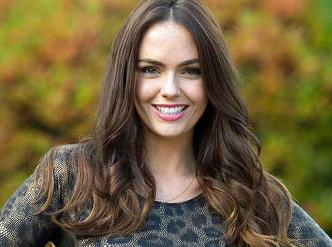 Jennifer Metcalfe reveals future of Hollyoaks pub The Dog In The Pond
