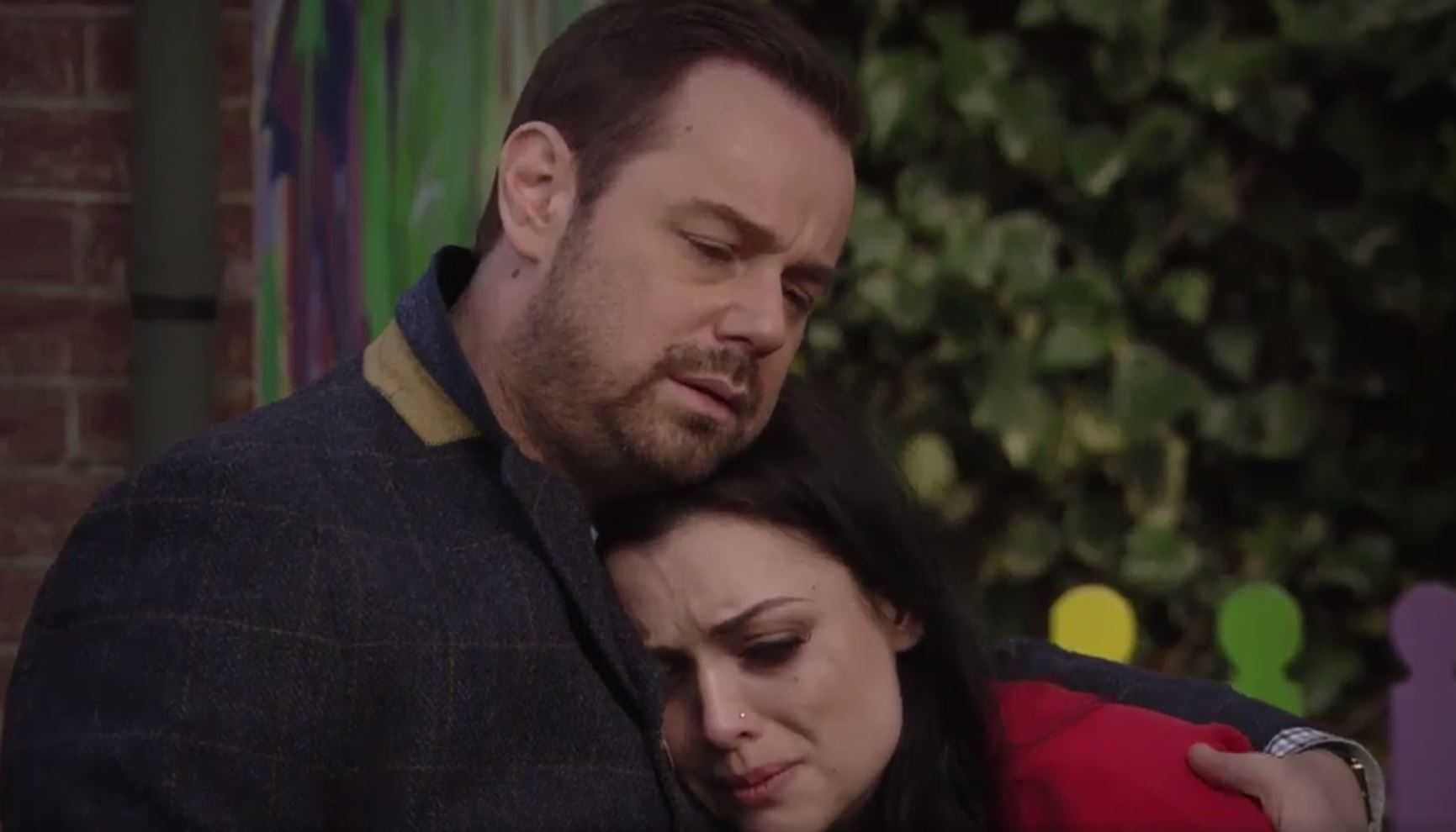 EastEnders fans beg scriptwriters to get Mick Carter and Whitney Dean back together