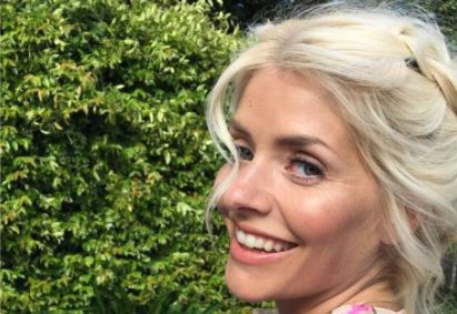 Holly Willoughby's latest TV outfit a rare fashion fail, declare fans