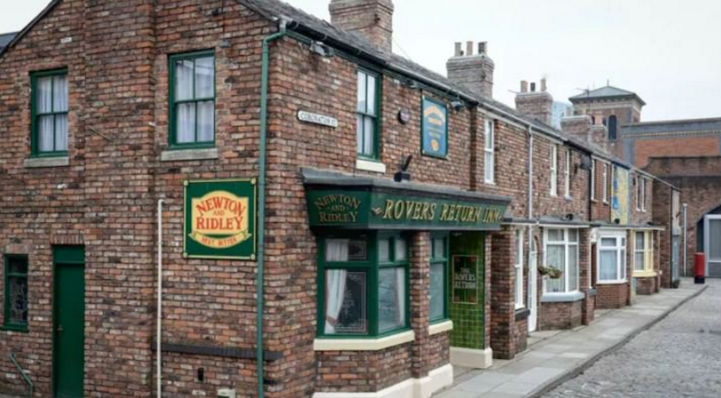 Coronation Street filming 'thrown into chaos'