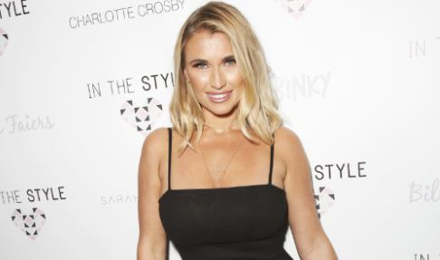Billie Faiers fans can't deal with latest post-pregnancy bikini pics