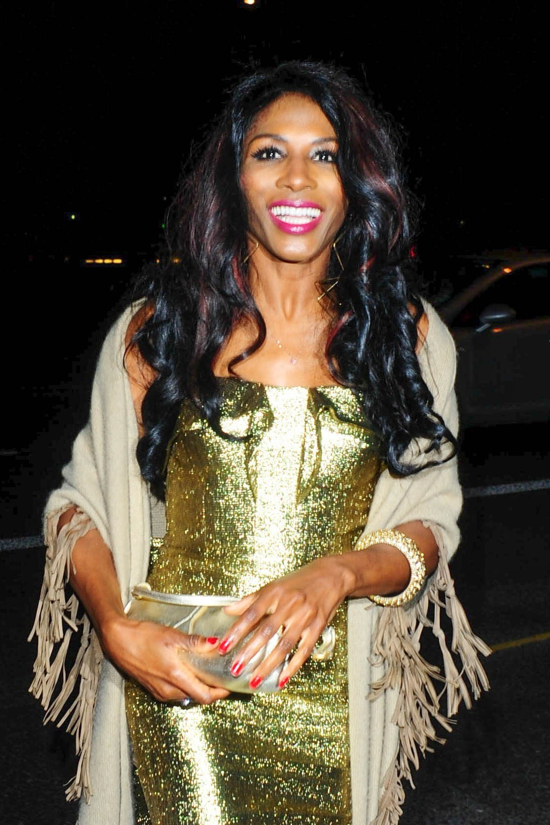 Leaked Sinitta nudes (98 photo), Sexy, Cleavage, Feet, braless 2019